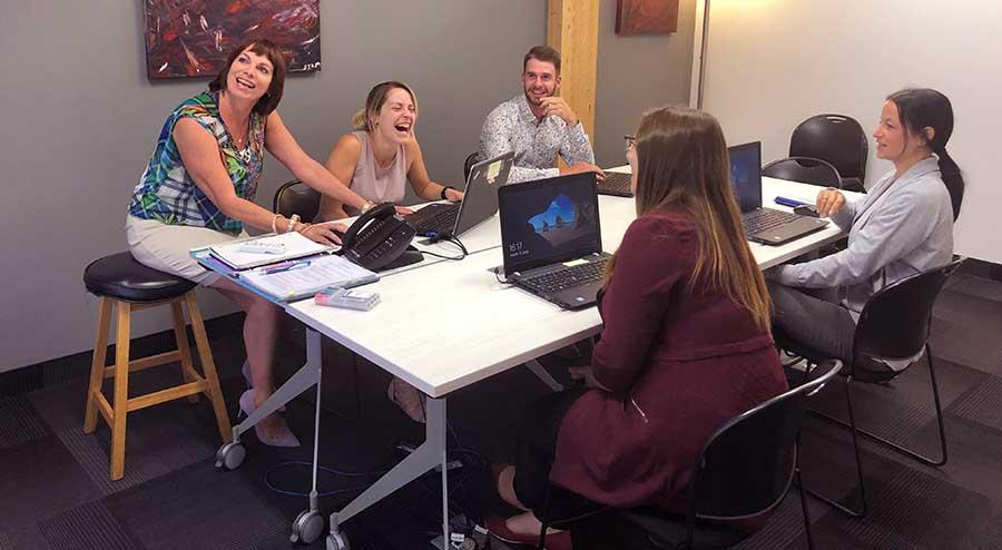 Assurances Groupe Vézina réunion d'équipe